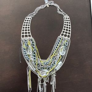 Jewelry - Silver statement necklace!